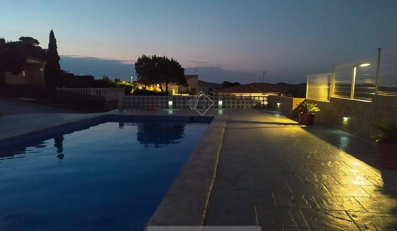 inmobiliaria-chalet-alta-calidad-lujo-turis-valencia-1