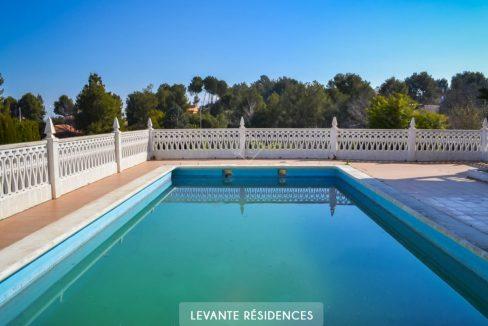 villa-haut-de-gamme-alberic-valencia-agence-francophone-3