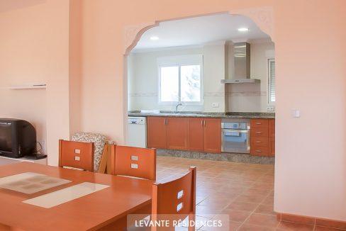 inmobiliaria-chalet-alta-calidad-lujo-alberic-valencia